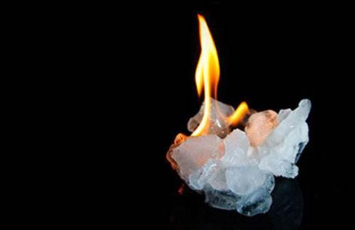 可燃冰是什么东西?可燃冰开采有风险吗?可燃冰的优点有哪些?